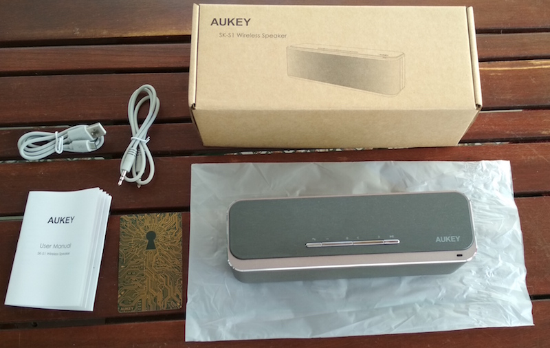 unboxing del aukey sk s1