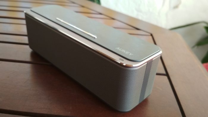 review del aukey sk s1